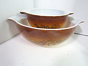 Vintage Pyrex Old Orchard Cinderella Bowl Set