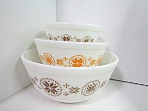 Vintage Corning Pyrex Mixing Town & Country Bowl Set