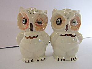 Vintage Set Of Shawnie Owls Salt & Pepper Shaker