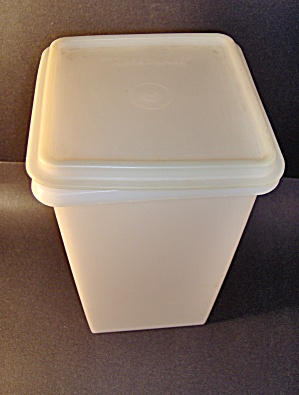 Vintage Tupperware Rectangle Container
