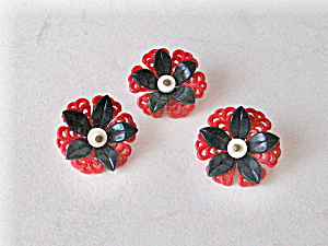Vintage 1930 Buttons Red Plastic