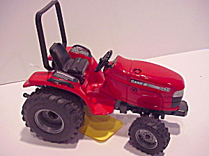 Case Tractor With Turning Steering Wheels