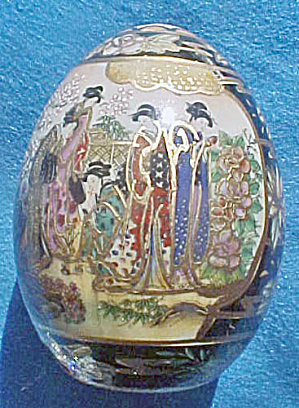Satsuma Porcelain Hand Painted Egg