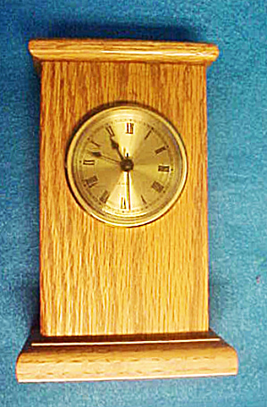 Pedestal Wood Quartz Shelf Clock