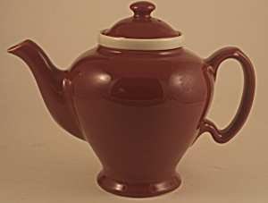 Maroon Mccormick Teapot With Tea Strainer
