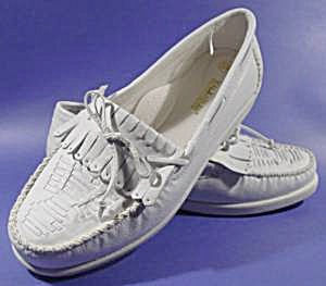 White Leather Moccasin Loafer Shoes - Size 10w