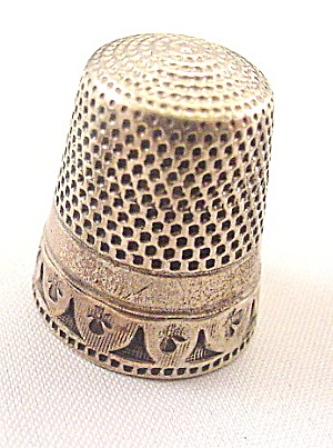Early 1900s Sterling Panel Design Thimble
