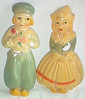 Vintage Chalkware Dutch Boy & Girl Wall Plaques
