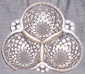 Anchor Hocking Moonstone Clover Dish