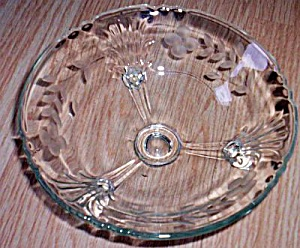 Viking Art Glass 3 Toed Bowl