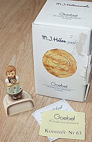 Goebel For Mother Place Card Figurine Mib