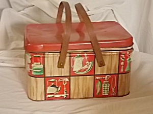 Adorable 50's Decoware Metal Picnic Basket