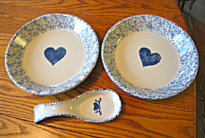 Friendship Pottery Pie Dishes & Spoonrest