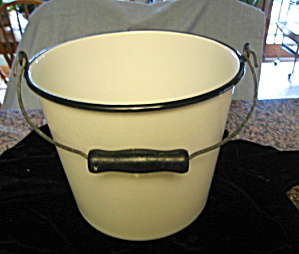 Antique Graniteware Bucket