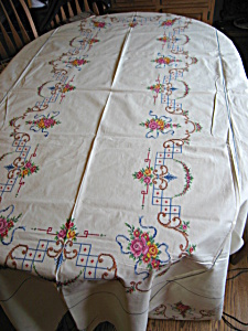Embroidered Linen Tablecloth W/napkins
