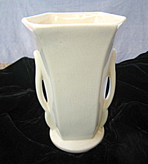 Mccoy Pottery Gloss White Vase