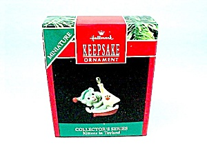 1990 Hallmark Christmas Tree Ornament Miniature Kittens In Toyland 3rd