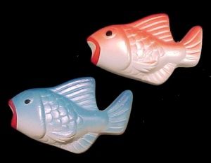 Tiny 3 In Chalkware Fish Wall Plaques Part Of Vintage Set