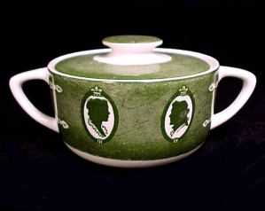Colonial Homestead Covered Sugar Bowl 1950s Royal China
