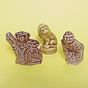 Wade Gorilla Spider Monkey Lion Mini Figurine Rose Tea