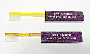 2 Iowa Hawkeyes Peach Gator Bowl Souvenir Toothbrushes