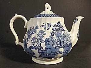 Blue Willow Tea Pot By Sadler