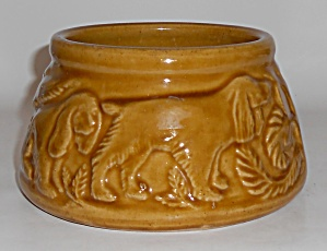 Pacific Pottery Early #12 Dog Bowl Mint