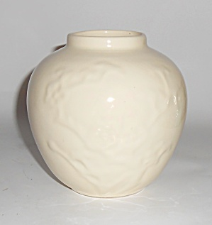 Metlox Pottery Poppy Trail Early Gloss White #135 Vase