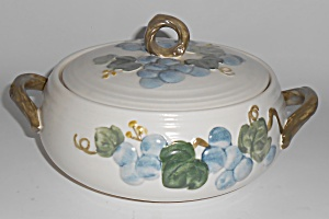 Metlox Pottery Poppy Trail Sculptured Grape Casserole