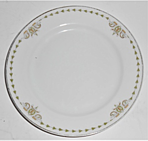 Heinrich & Co Porcelain Electra 6541 W/gold Bread Plate