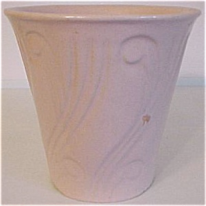 "Pacific Pottery Art Deco 5-5/8"" Pink Flowerpot"