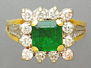 Ring Diamond Emerald 18k Gold