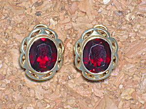 Earrings 10k Yellow Gold 3ct Each Garnet Frenchearrings