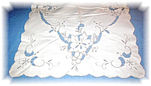 Linen With Embroidery And Cutwork Placemat