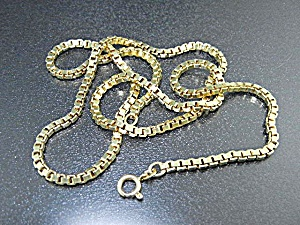 14k Gold Box Link Necklace 23 1/2 Inch Italy