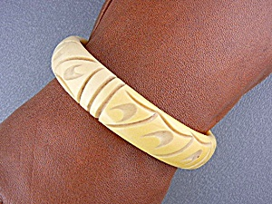 Bakelite Deeply Carved Bangle Bracelet Cream