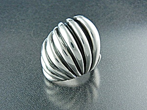 Taxco Mexico Sterling Silver Domed Ribbed Ring