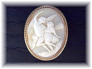 Brooch Pin 14 K Gold Shell Signed Chu Cameo