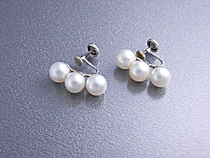14k White Gold Cultured Pearls Screwback Earrings