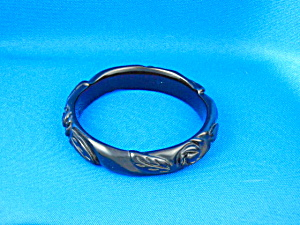 Bakelite Carved Black Bangle