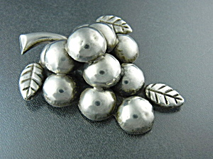 Taxco Mexico Large Silver Gapes Cluster Pin