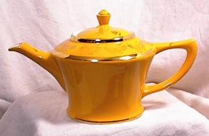 Hall Teapot - Cleveland - Gold