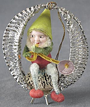 Elf In Wire Wrapped Swing Christmas Ornament