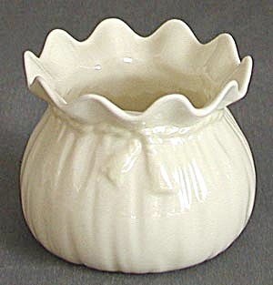 Vintage Irish Belleek Fluted Pot With Ribbon Tie