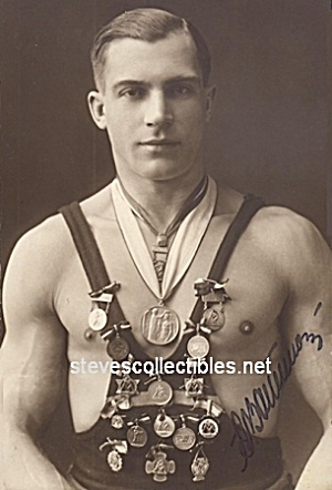 C.1920 Beautiful Shirtless Wrestler Photo-gay Interest