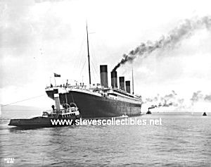 Early Titanic Ocean Liner And Tugboats - Photo - 8x10