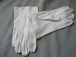 Vitage Little Button Gloves