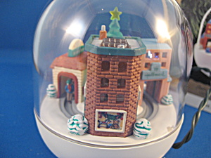 "Hallmark ""last Minute Shopping"" Keepsake Ornament"