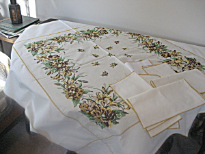 Gold Flower Linen Table Cloth And Matching Napkins