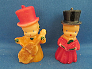 Two Carolers Candles